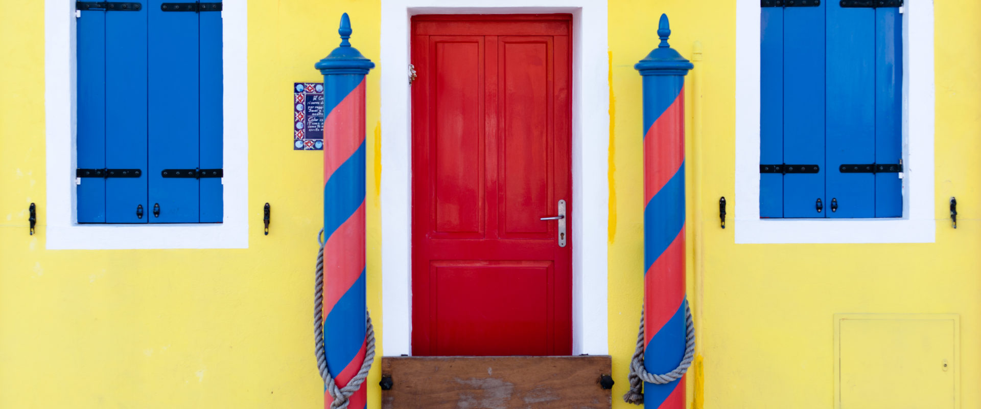 """Will First Sight Of Your Front Door """"Colour"""" A Buyer's Entire House Viewing?"""